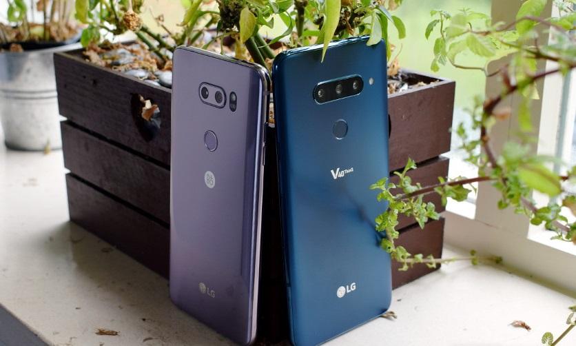 LG-V40-vs-LG-V30-back
